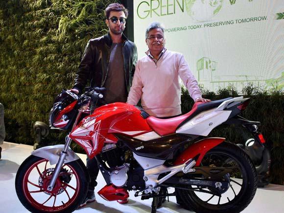 Ranbir Kapoor At The Launch Of Hero S New Motorcycle Auto Expo 2016
