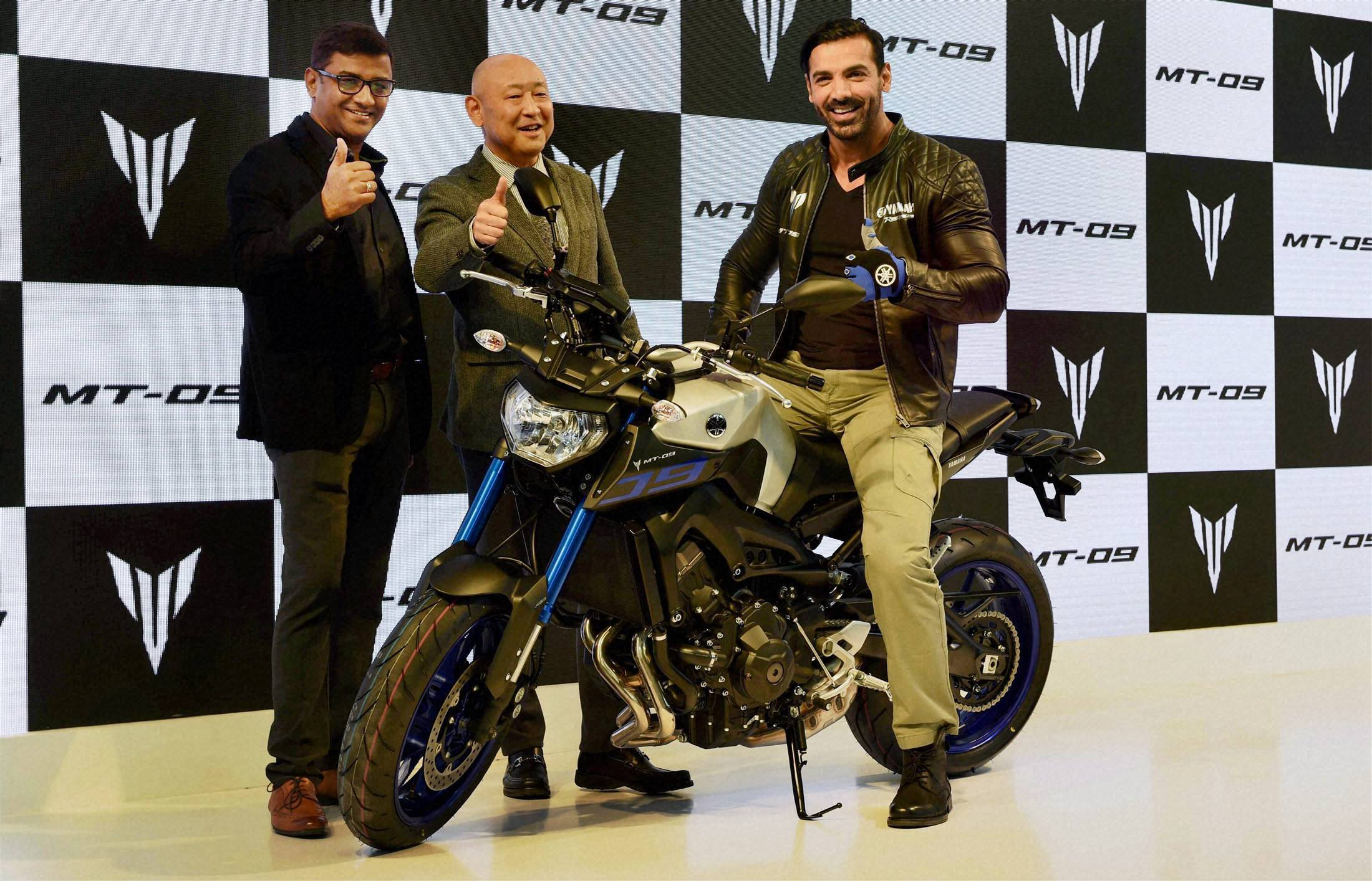 John Abraham at the launch of Yamaha's new motorbike at Auto Expo 2016