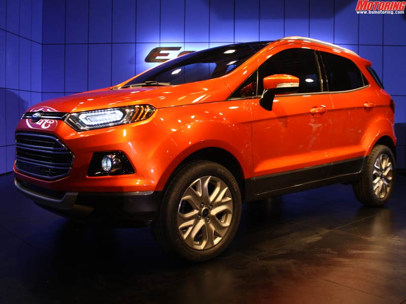 The EcoSport also has an all-new engine for fuel efficiency - this is a 1.0-litre, 3-cylinder EcoBoost engine. The engine makes 120 PS of peak power a