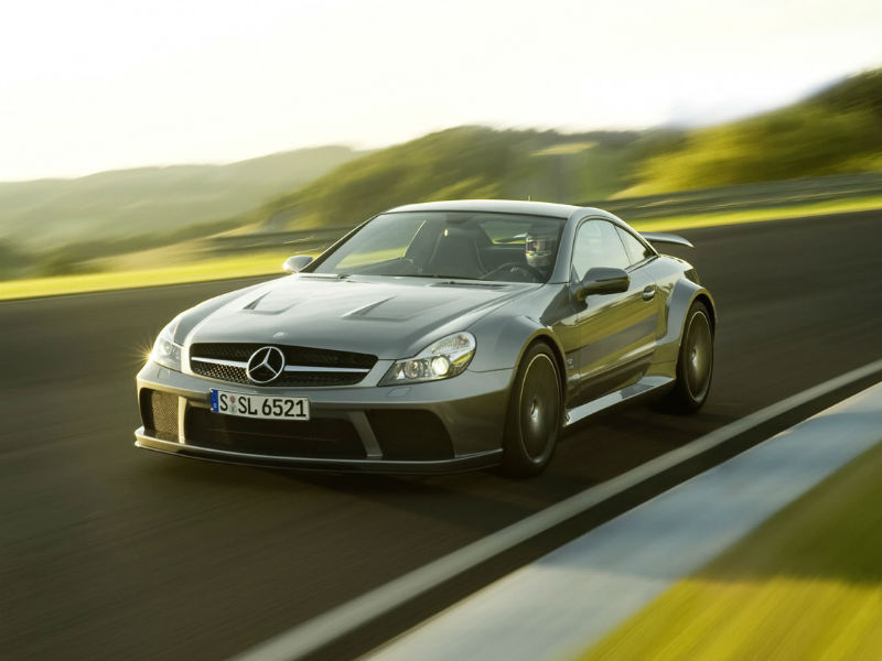 Cars do not get more intimidating than the SL65 Black. When launched, it was powered by a twin turbo-charged 6.0L 661 hp V12 engine. That�s 20hp more than the SLR 722 supercar. The 0-100 kph sprint came up in 3.9s with a top whack of 320 kph. Extensive use of carbon fibre ensured that it was 250 kilo�s lighter than the run of the mill SL65