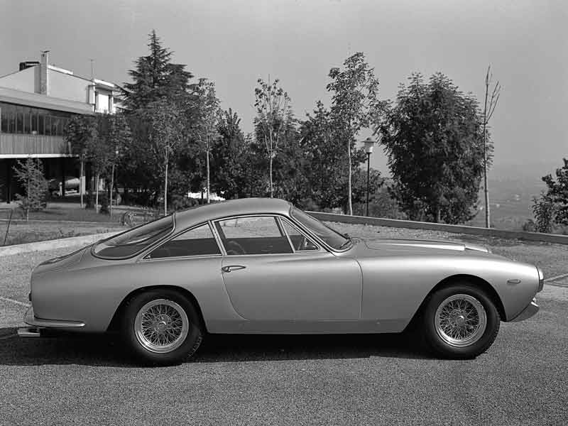 Widely regarded to be one of the most elegant Ferrari's ever made, the 250 GT Berlinetta Lusso was part of the same 250 series that the GT Coupe came from. Powered by the same engine and a 4 speed gearbox, it was one of the few Ferrari's at the time that was not designed for racing. Designed by Pininfarina and built by Scaglietti, one was auctioned off in 2007 for a price of $2.3 million