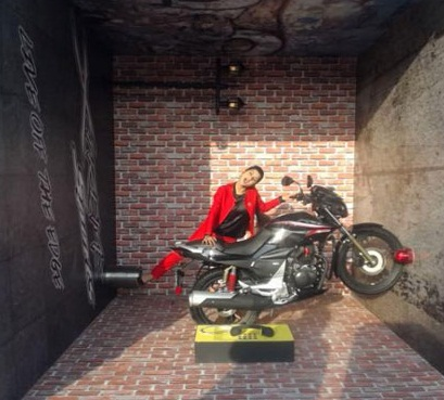 Hero bikes at auto expo 2016 hero xtreme 200s