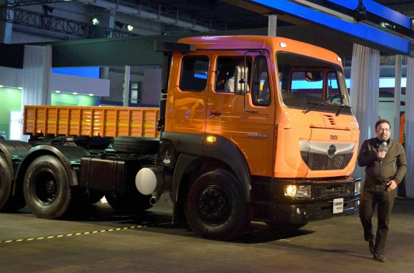 Auto expo 2016 tata and blazo launch of a new heavy commercial vehicles