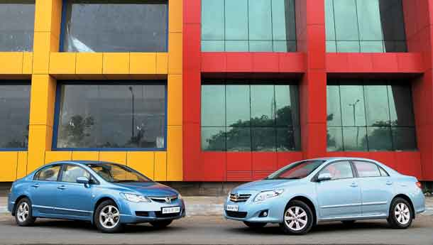 Toyota Corolla Altis vs Honda Civic. Compare Prices, Features & Specs.