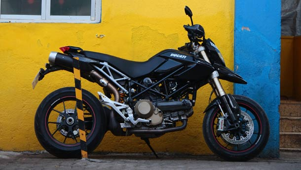 Hypermotard � the mental Ducati